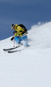 whatever the conditions, stand on the outside ski